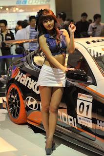 Park Si yeon Korean Actress In 2009 Seoul Motor Show 2