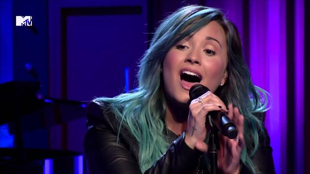 """Mira la entrevista completa y las actuaciones de Demi Lovato en el famoso programa brasileño """"Caldeiaro do Huck""""."""