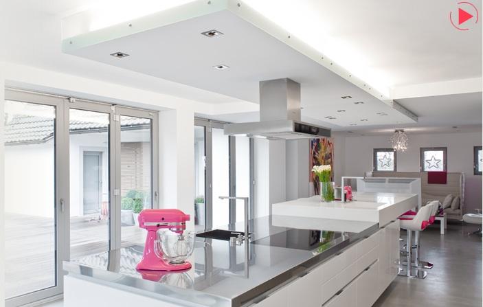 Boffi Köln maison grace boffi koeln pink and white kitchen