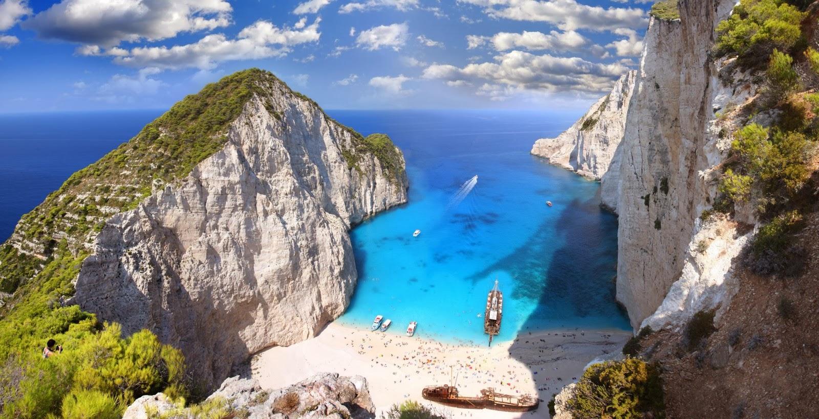 Невероятен плаж в Гърция