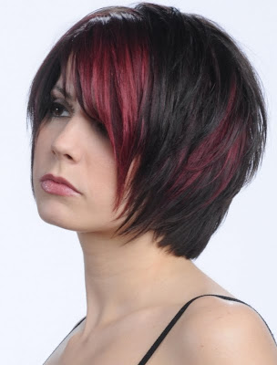 Glam Medium Layered Haircut Ideas for Fall-by Vicky L