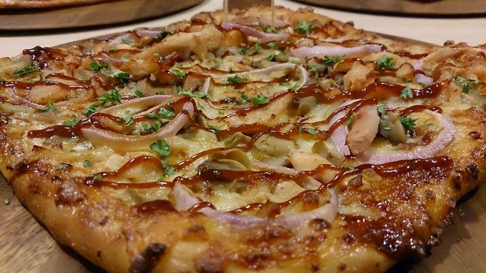 Menikmati Pizza Hut Signature Series Dengan Harga Serendah RM 12.00 sahaja??P