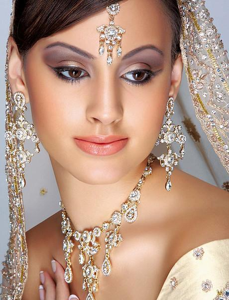 Exotic Wedding Makeup : Various Wedding Makeup Looks Bride Sparkle