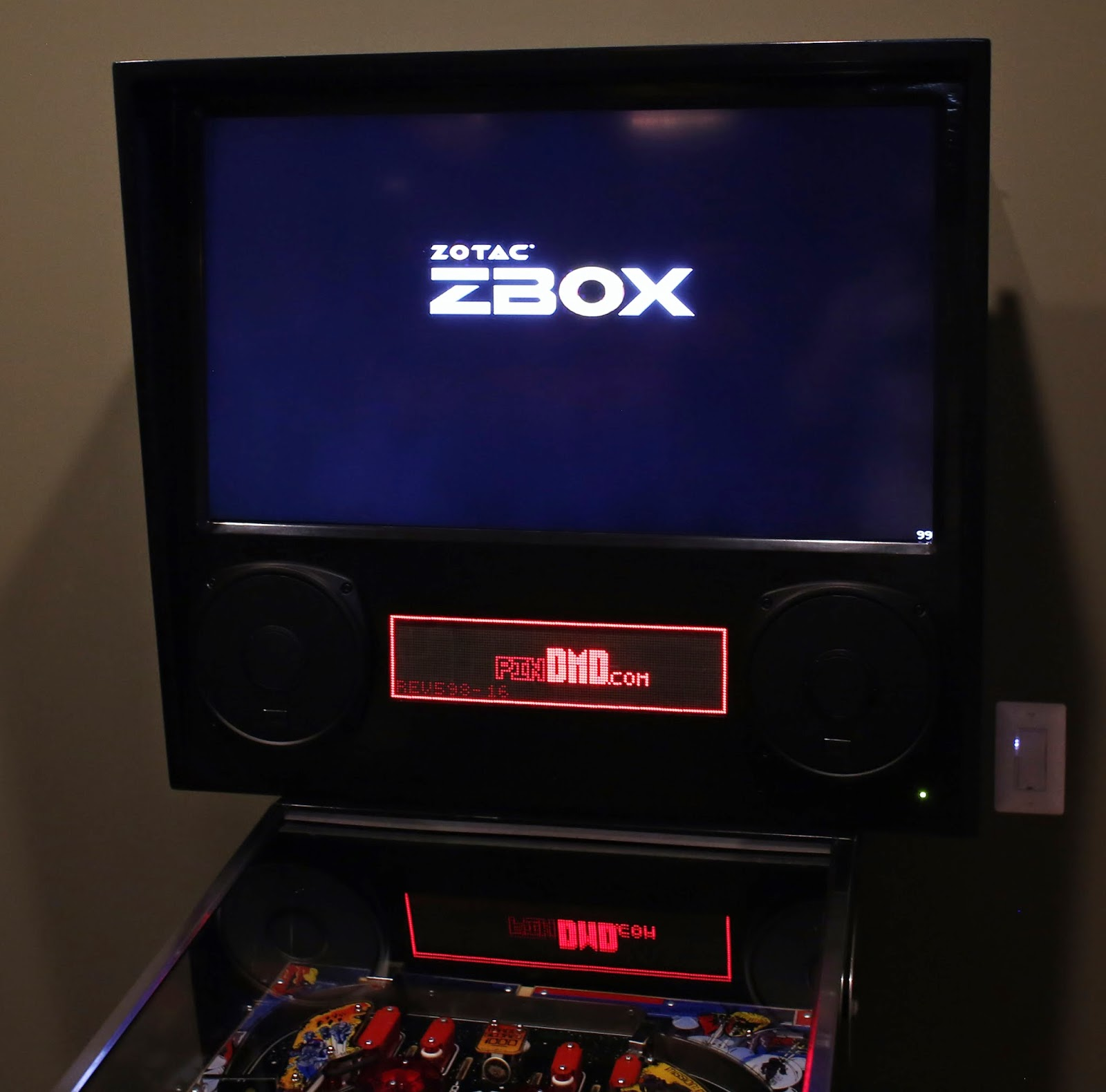 Pinball construction set - Backbox Build Complete With Upgraded Speakers And A Real Dmd Connected Via A Pindmd2