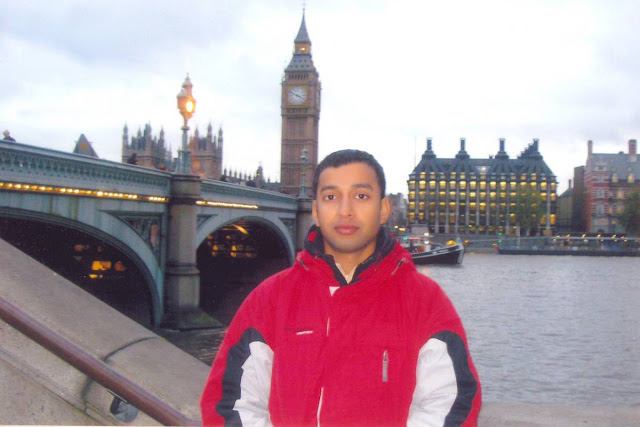 Yoga Master Rajendra Pandey near Millennium Bridge London