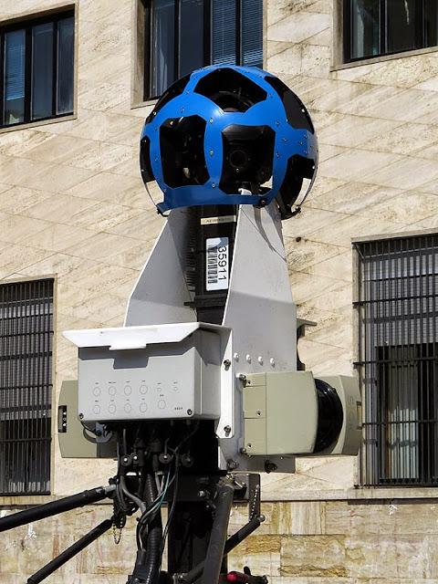 Google Maps Camera Car, piazza del Municipio, Livorno