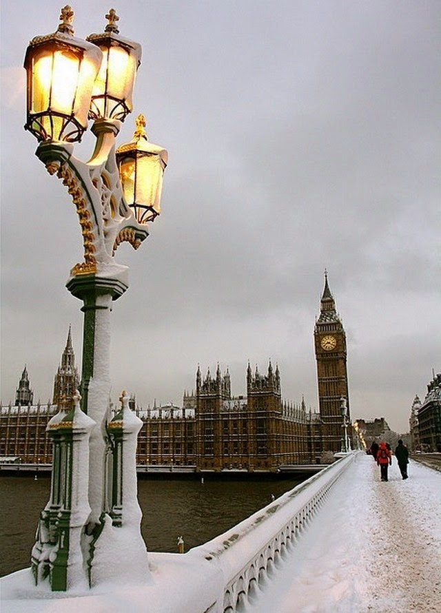 snow dusk london big ben