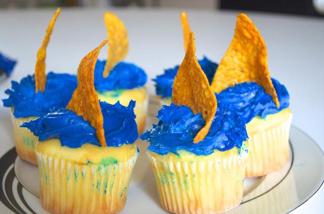 shark week cupcakes