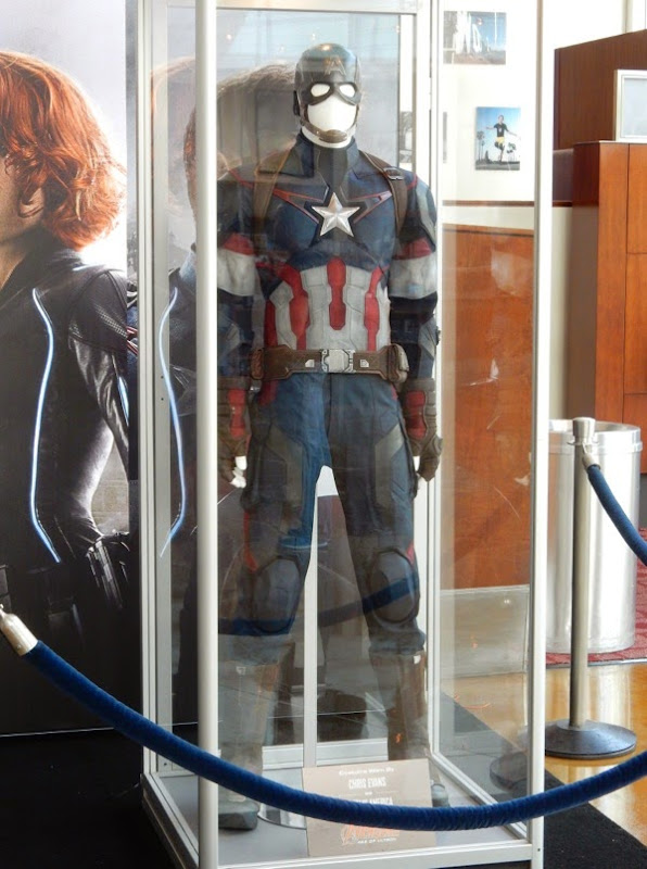 Chris Evans Captain America Avengers Age of Ultron movie costume
