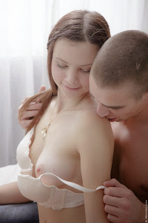 http://aikuistenblogi.blogspot.com/.