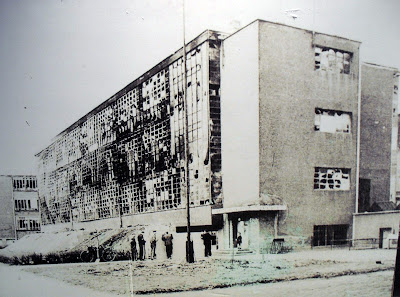 Mi moleskine arquitect nico walter gropius bauhaus de dessau for Bauhaus berlin edificio