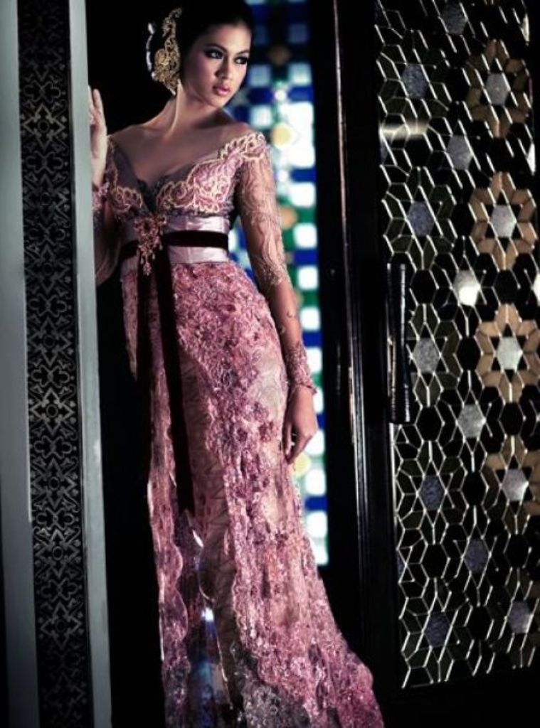 Wedding kebaya 2014 | Model Kebaya Pengantin Modern | Fozi