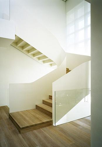 constructeur maison: 14 modèles d\'escalier design
