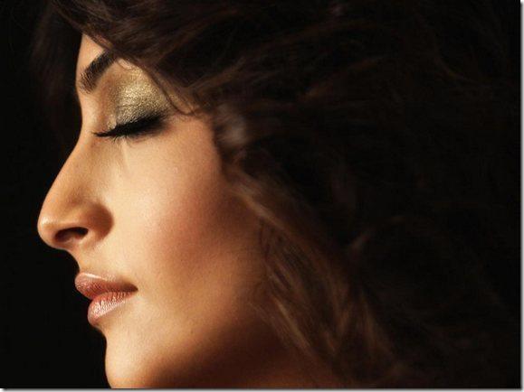 Sonam Kapoor HD Wallpaper -08