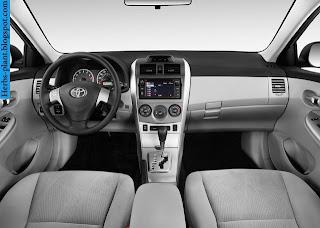 Toyota corolla car 2013 dashboard - صور تابلوه سيارة تويوتا كورولا 2013