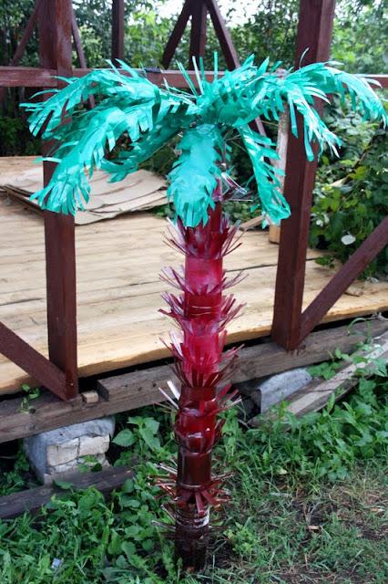 Как сделать пальму из полторашек