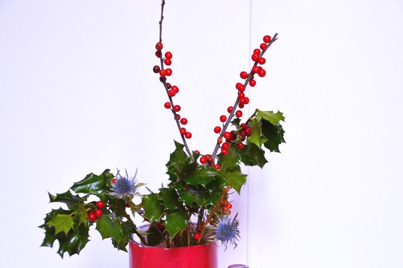 Bouquet de Noël avec du Houx et branche de sapin