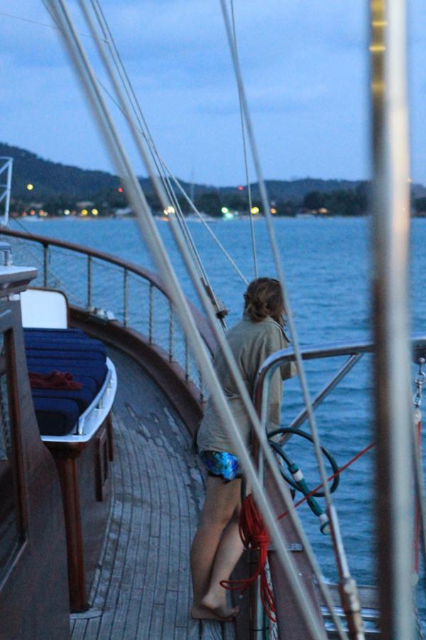 woman looking out to sea, watching the view, beautiful, Koh Samui Sailing, cruise, Angthong Marine Park