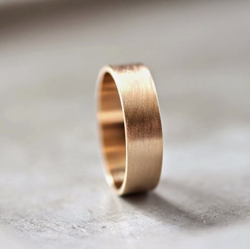 Men's Chocolate Gold Wedding Ring Metal Model pictures hd