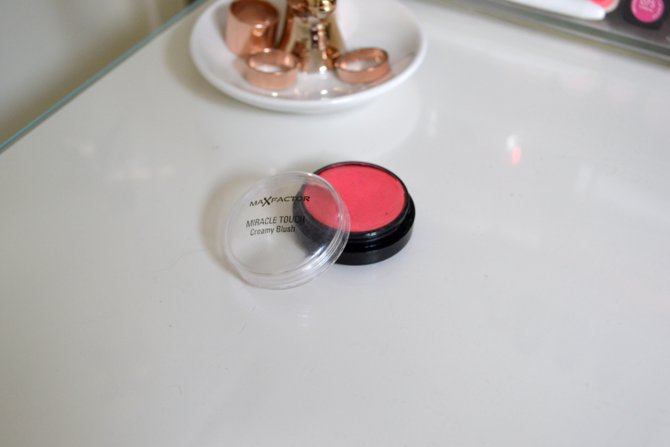 Max Factor Miracle Creamy Blush in Soft Pink