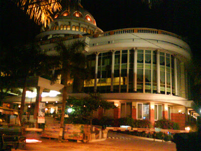 Mega bintang Cepu at Night