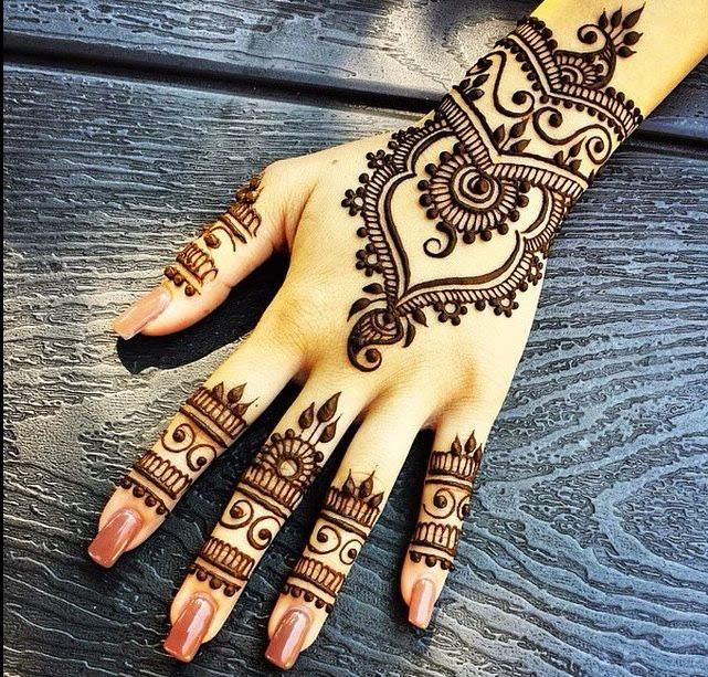 Indian mehndi bridal tattoos
