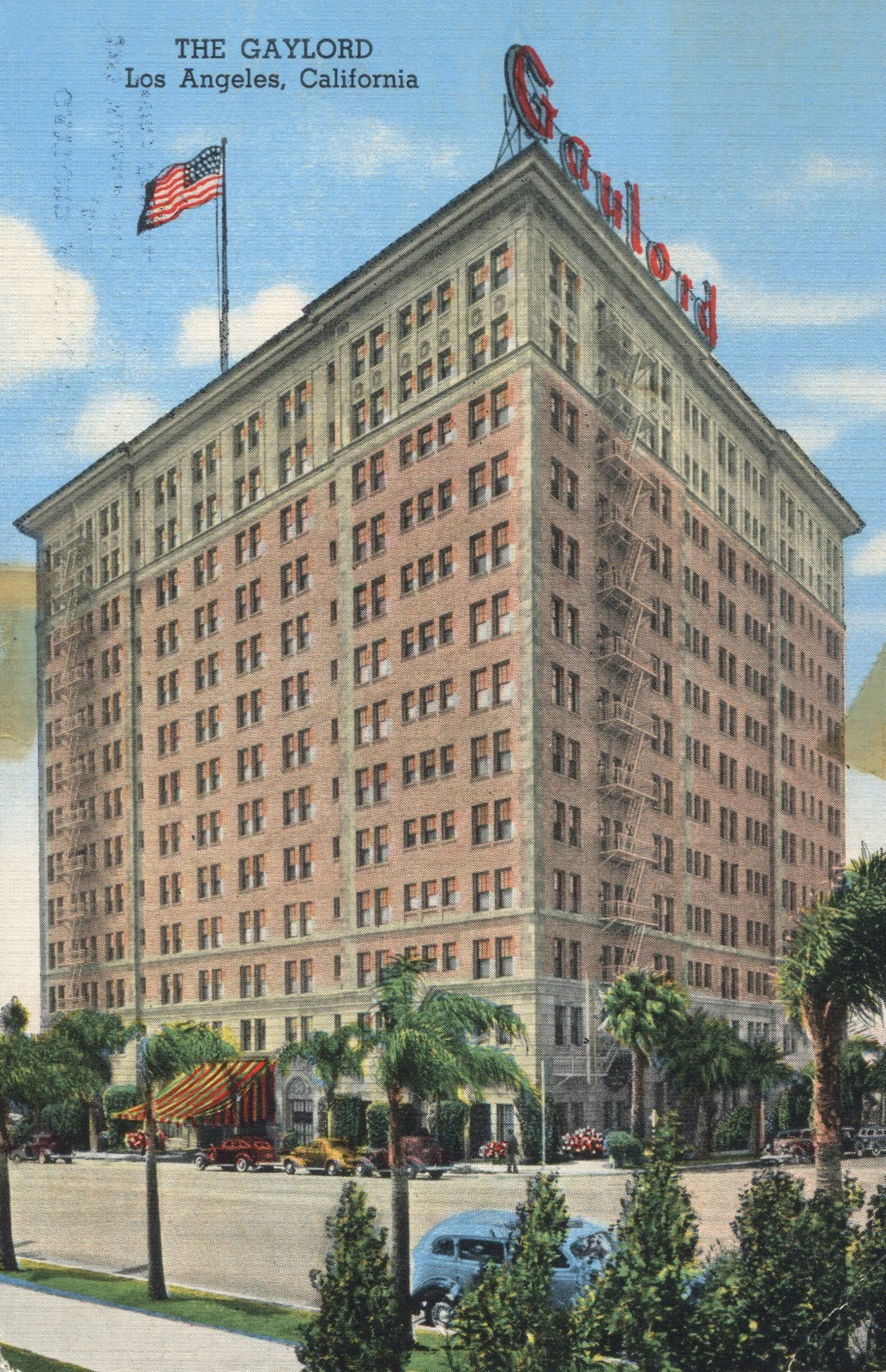 View From Across The Street. This Old Postcard Indicates The Neon, Rooftop  Sign Is Likely As Old As The Building Itself.