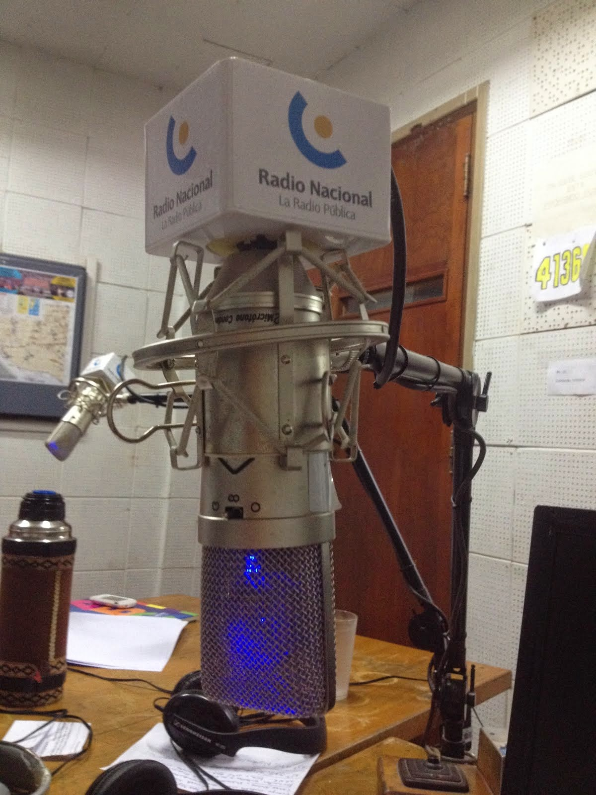 Escuchanos por Radio Nacional, todos los viernes 16.30 hs
