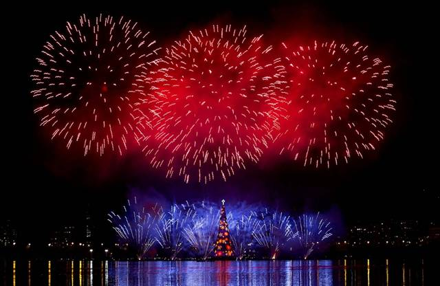 .The ceremonial lighting of the Christmas tree in Rio de Janeiro