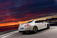 2012 MY Nissan GT-R official press media photo image picture high resolution original source facelift revised new generation enhanced restyled special exclusive edition 530hp 390kW 530ps
