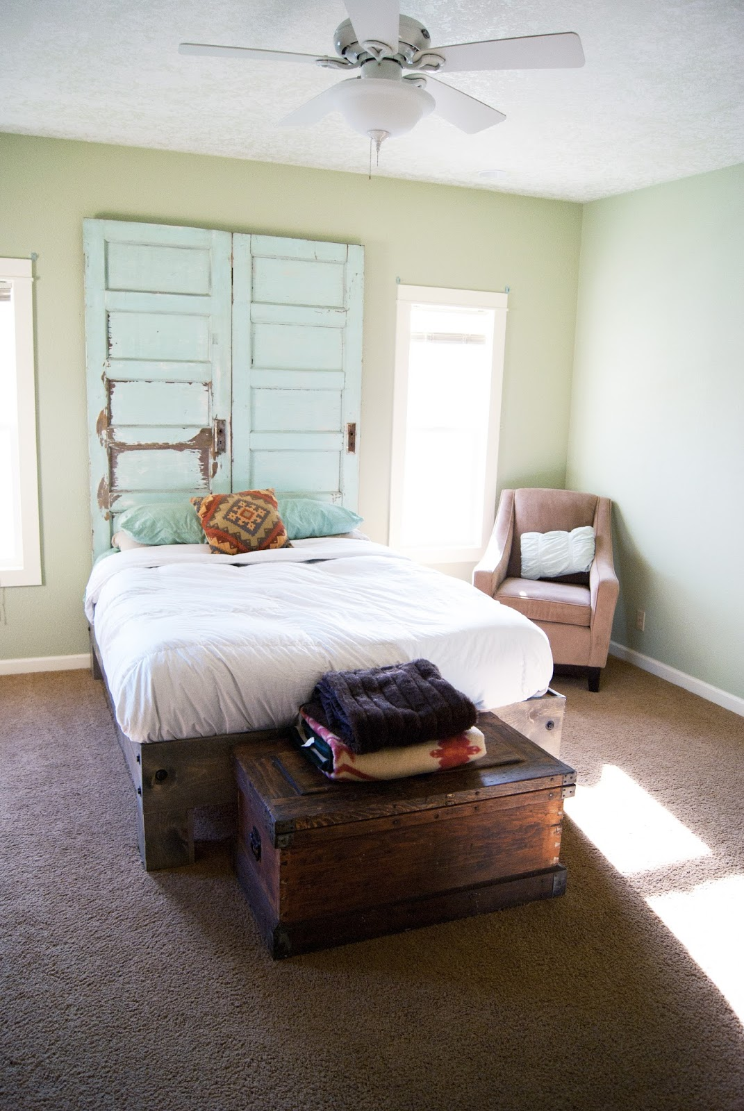 Master Bedroom Makeover One Room Challenge Spring 2015 Averie Lane Master Bedroom Makeover