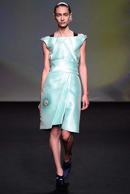 Christian Dior Couture Fall 2013 www.fashionweekfall.blogspot.com