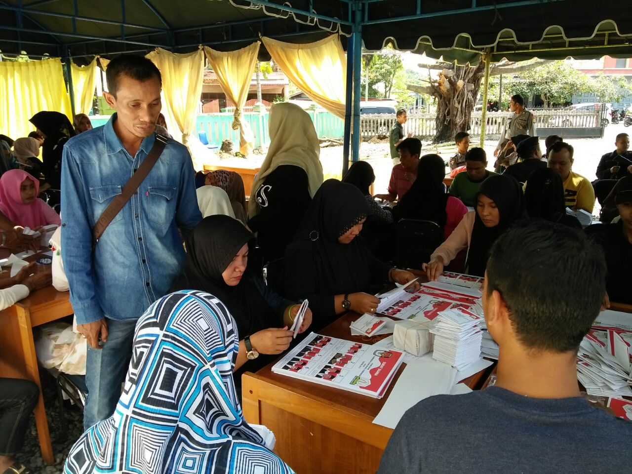 KIP Aceh Selatan Lipat 157090 Kertas Suara Pilkada Aceh 2017