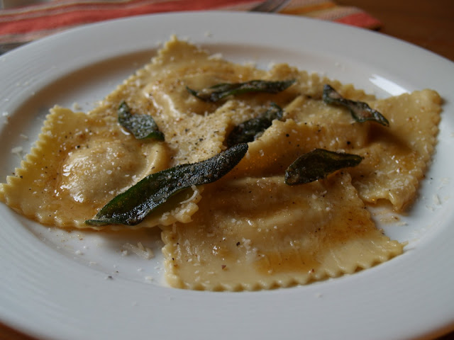Persimmon and peach butternut squash ravioli for What to serve with butternut squash ravioli