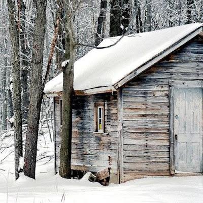 baite e casette nella neve