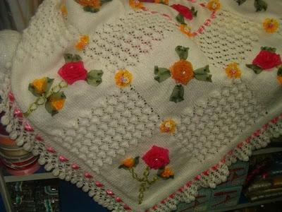 bebek orguleri kurdele suslemesi tig isi battaniye 2013  Bebek Örgüleri, Bebek Battaniyeleri Modelleri