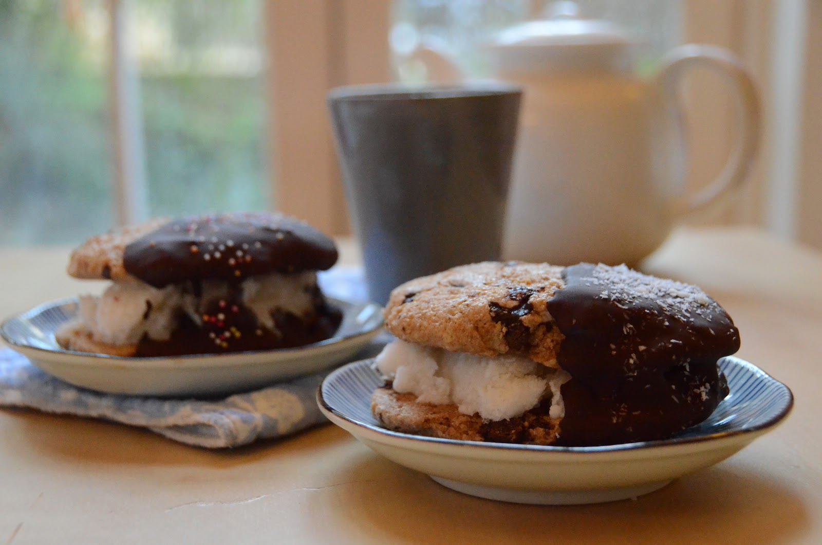 ... !: Chef Chloé's Chocolate Dipped Ice Cream Cookie Sandwiches