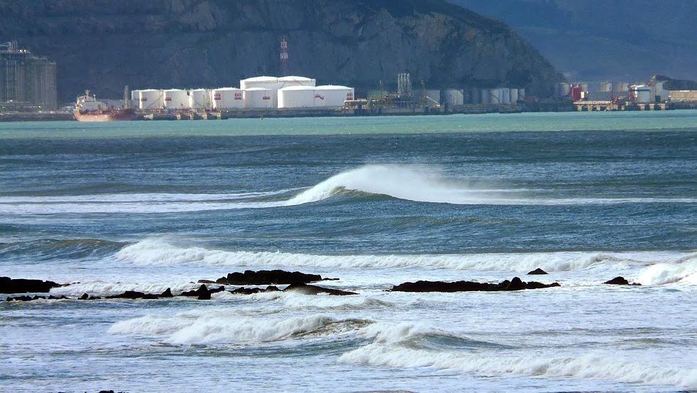 dia soleado y caluroso en sope sopela sopelana surf 04