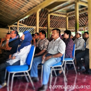 contoh teks pidato sambutan camat pada rapat desa