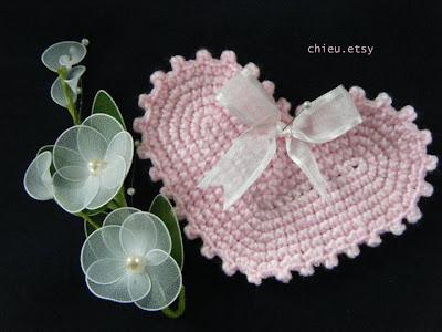Heart Puff Bookmark Crochet Pattern - Free Crochet Pattern
