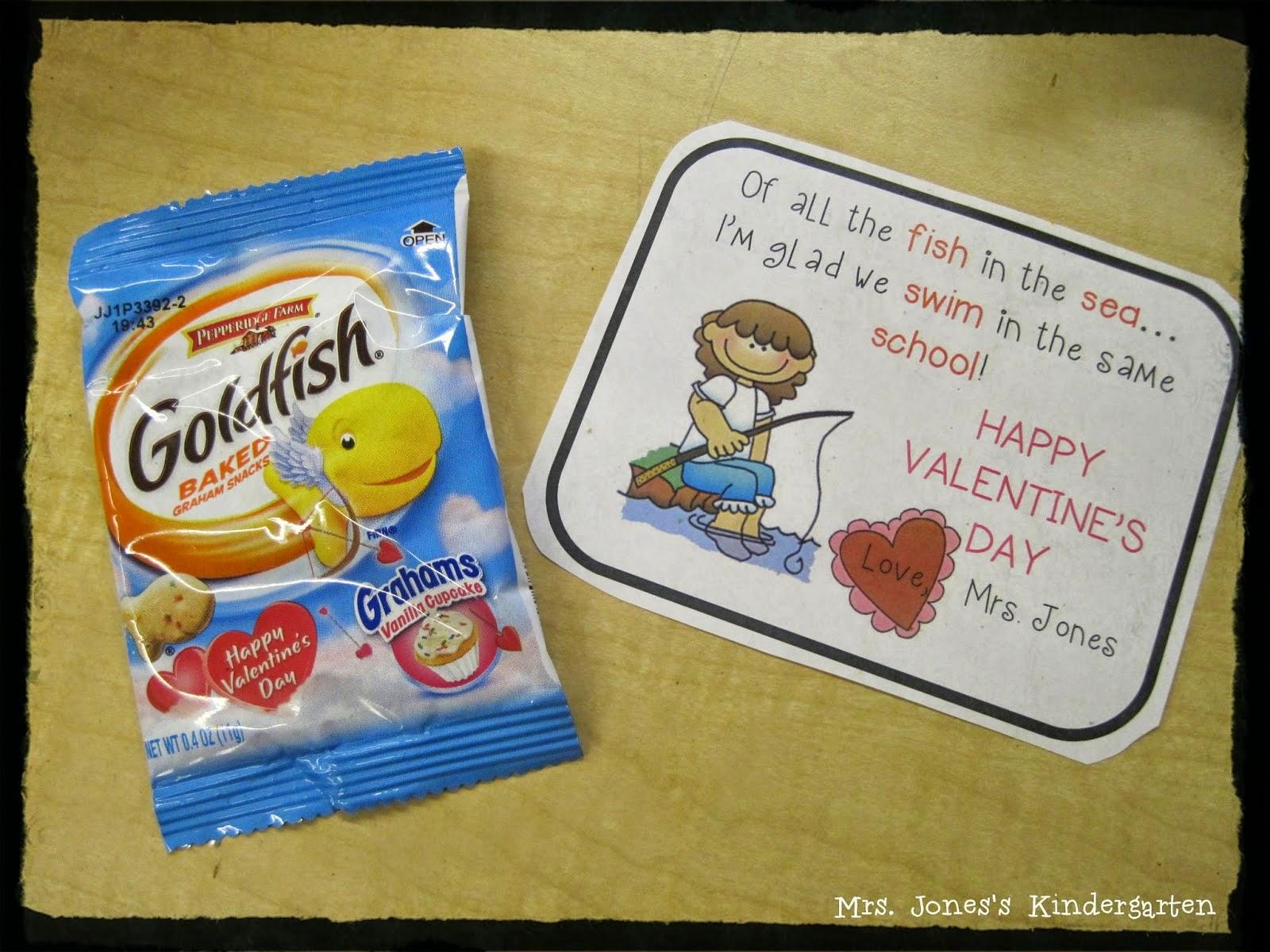 Classroom Gift Ideas ~ Love is in the air mrs jones s kindergarten