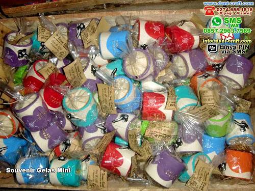 Souvenir Gelas Mini Clay Yogyakarta
