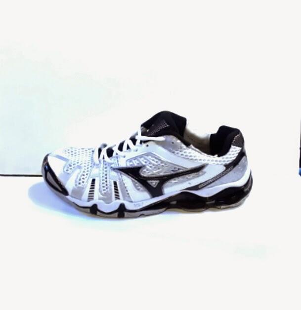 Sepatu Mizuno Wave Tornado 8 Model Baru