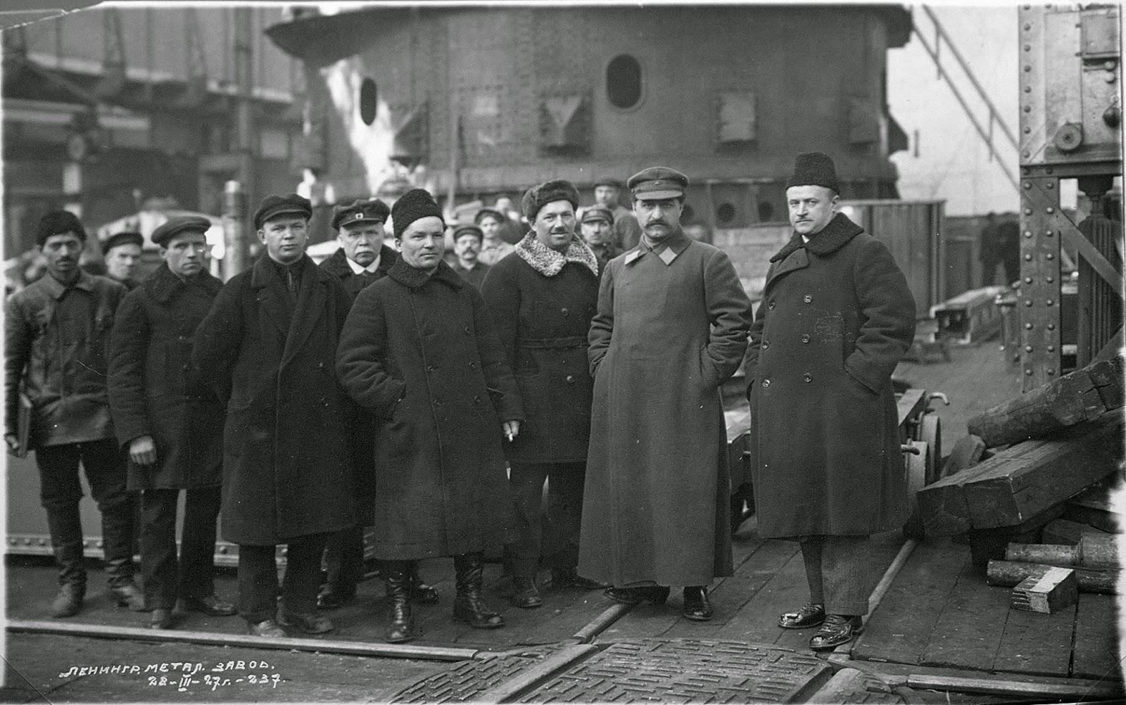 Joseph Stalin and Sergo Ordzhonikidze, Stronauts funeral, 1934, Moscow