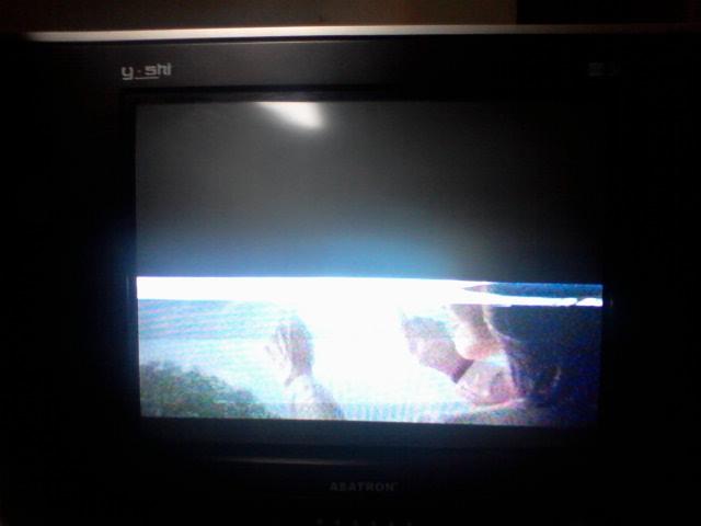 Tv LG pearlblack kerusakan elco output 25v2200uf gembung dan berubah