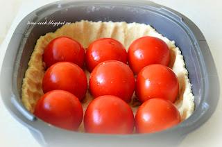 Запеканка по-будапештски (открытый пирог из фаршированных помидоров)