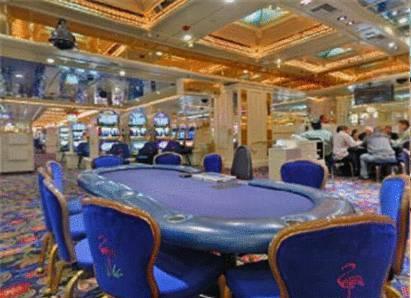 Las Vegas tira hoteles baratos