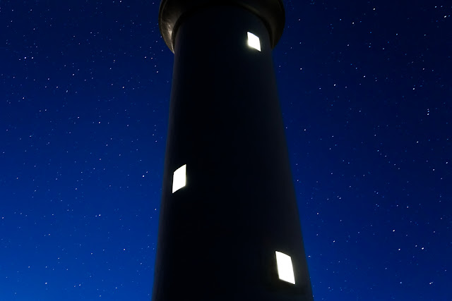 stars behind split point lighthouse