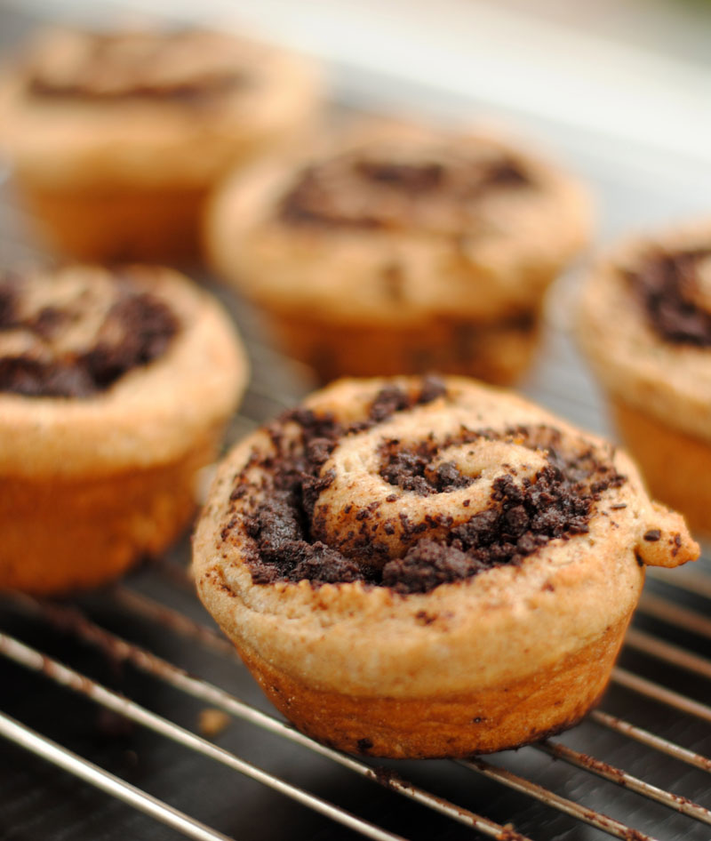 Leanne bakes: Whole Wheat Chocolate Swirl Buns