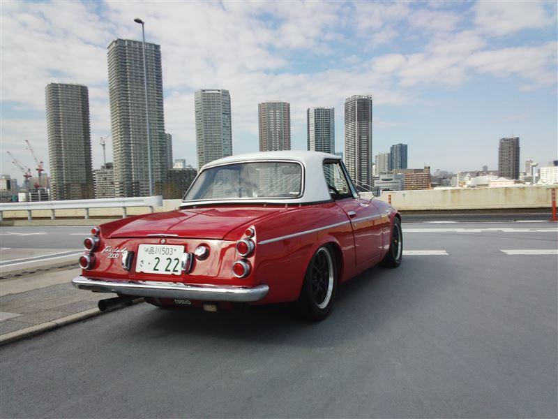 Datsun Fairlady 2000, U20, tylnonapędowe roadstery, fajne stare samochody, kultowe auta, zdjęcia